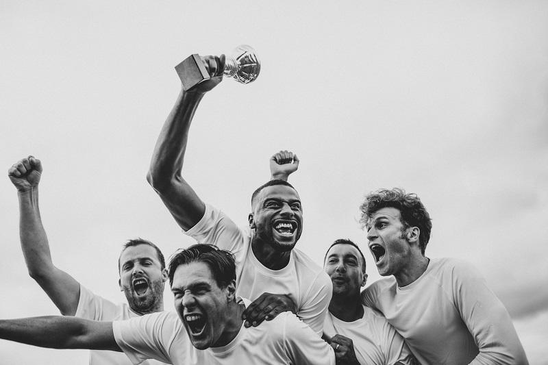 EURO w 2021 roku pod starą nazwą, ale z wielkimi stratami