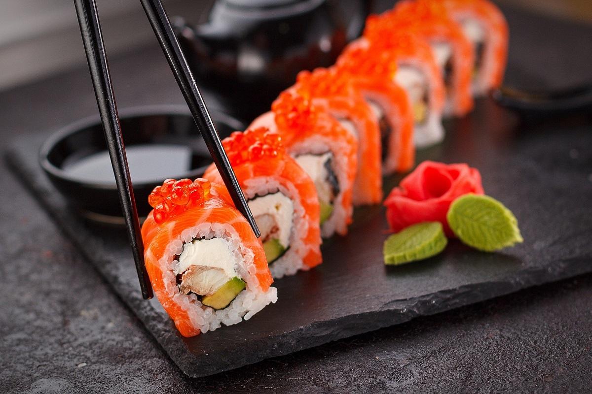 Dobre jedzenie we Wrocławiu – gdzie zjeść sushi i inne japońskie dania?