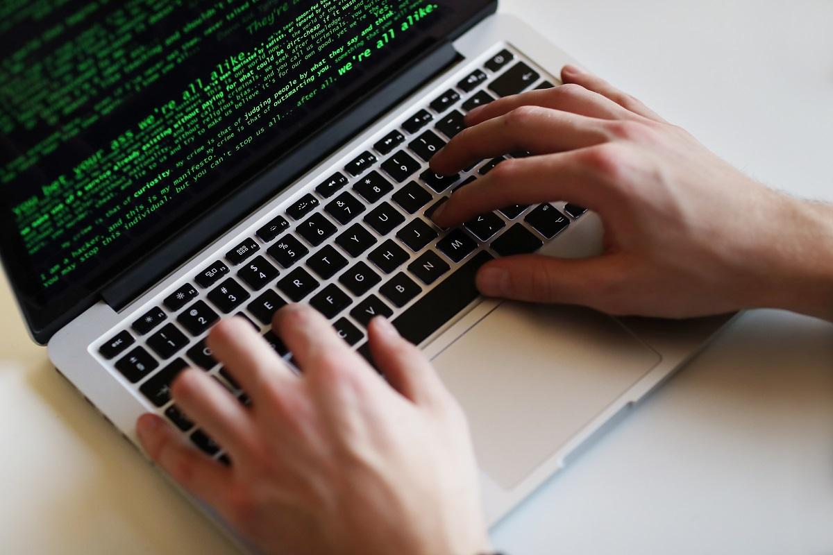 Niszczenie danych na nośnikach – jak skutecznie je usunąć?